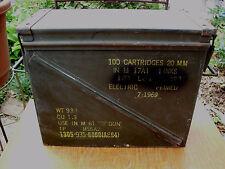 1969 100 CARTRDG 20 MM M61 CANNON MILITARY VIETNAM COMBAT AMMO BOX WOODSTOCK ERA