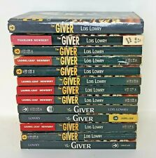 Lot 13  GIVER Lois Lowry Guided Reading Class Set Books