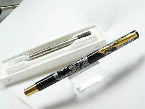 PARKER VECTOR SNAKE PEN USA MADE ROLLERBALL NEW IN BOX RARE GOLD TRIM