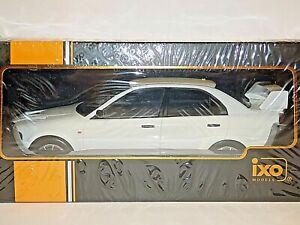 Ixo Models Mitsubishi Lancer RS Evolution 6, Weiss