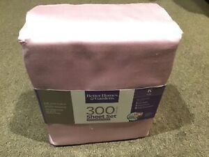 Better Homes & Gardens King Sheet Set 300 Thread Count 100% Cotton Sateen