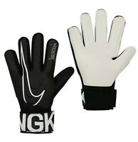 Boys Girls Nike Match Football Training Goalkeeper Gloves Sizes from 3 to 8