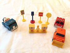 Chunky Plastic Trucks and Signs, 8 Pieces, Shell Gas Pump