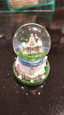 United States Capitol Musical Snowglobe plays Star Spangled Banner