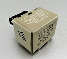715-Toyota (97-10) 8-Pin Turn Signal Flasher Relay 81980-50030 Denso 066500-4650