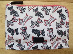 NEW!RADLEY Fleet Street SMALL Zip Pouch Cosmetic/make up bag - slight second