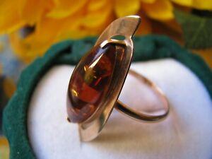Gold 585 russischer Ring aus Rotgold mit Bernstein, ca. 3,1 gr. / aus Nachlaß