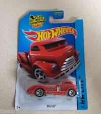 Hot Wheels 2014 HW City Red Mig Rig Tow Truck Diecast Vehicle