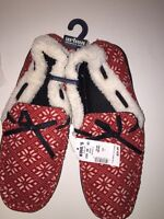 URBAN PIPELINE Men's RED/WHITE NORDIC Print Moccasin Slippers Size  L (10-11)NWT