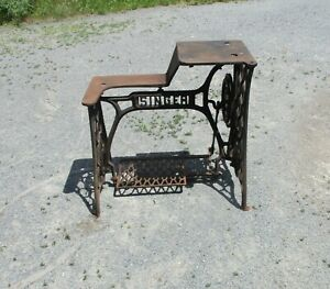 Antique Singer 29-4 Industrial Sewing Machine Cast Iron Table Base