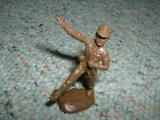 Atlantic 1/32  WW2 German Party Figure - goose stepping olive