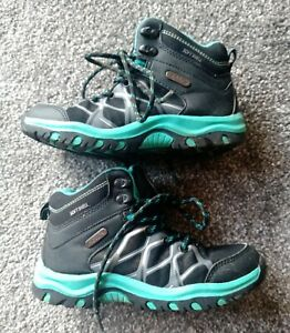 Mountain Warehouse Isodry children's walking boots size 1 - tidy
