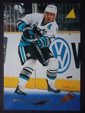 NHL 81 Igor Larionov San Jose Sharks Pinnacle 1995/96