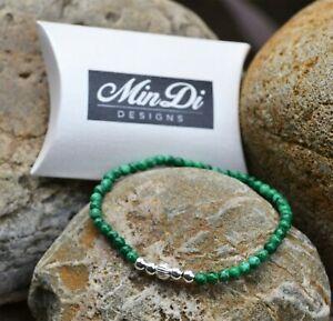 Stretch bracelet with sterling silver & malachite.