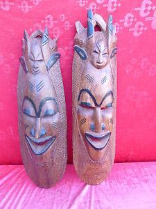 2 Bella, vecchio Maschere di Legno __Africa__ Intagliato, Tw.bemalt __ 70-65cm_