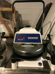 """DOUGH PRO DP1100 - IN GREAT CONDITION - 120 volts 18"""" ELECTRIC MANUAL PRESS"""