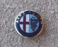 ALFA ROMEO GENUINE  OEM  ALLOY  WHEEL  CENTER  CAP 0050521712