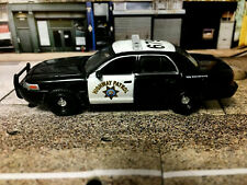 GreenLight 2008 Ford Crown Victoria California Highway Patrol police car
