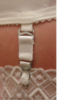 Berdita Pack of 4 Non Adjustable Suspender / Garter Metal Hooks for Stockings