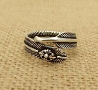 Plain 925 Sterling Silver Feather Fleur De Lys Band Ring Jewellery Various Sizes