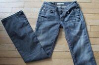 LEVIS 572 Jeans pour Femme W 28 - L 34 Taille Fr 38 (Réf #G171)