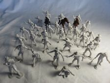 Marx reissue cowboys, trappers + miners set of 32 fig's + 3 horses, 54mm gray