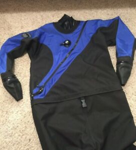 DUI FLX Extreme Mens Premium Drysuit with 2 jumpsuits and Inflator hose