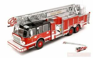 IXO 1/43 SMEAL 105 AERIAL LADDER AMERICAN US FIRE ENGINE (CHICAGO?) USA TRF014