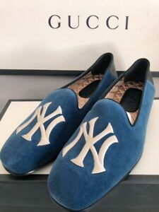 NIB 100% Authentic Gucci Men's NY Yankees Blue Velvet Loafers Size 10 (US 11)
