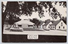 Kingman Kansas~Lindt's Motel~Cottage Court~1950s Cars~1957 B&W Postcard