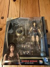 Mafex No. 024 Wonder Woman Batman V Superman