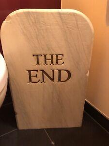 Gufram - The End 1516