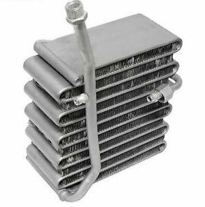 83 84 85 86 NISSAN Datsun Pickup 620 720  condenser fit OEM# 9210010w60 AC8240