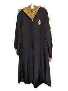 harry potter hufflepuff robe universal studios Official Wizarding World