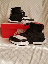 Nike Air Huarache Gripp Mens Athletic Shoes Black White AO1730-005 Sz 11 NWB NEW