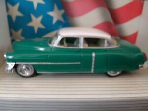 1/43 Ertl  Cadillac 1952