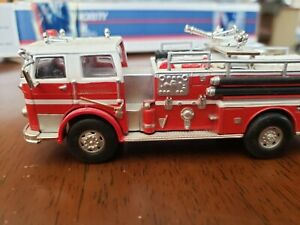 SEAGRAVE FIRE ENGINE DIECAST