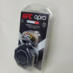 UFC OPRO NEW Platinum Fangs Self-Fit Mouthguard w Case Gel Protection Black Gold
