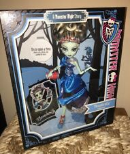 Monster High THREADARELLA FRANKIE STEIN Doll NIB NEW ONCE UPON A TIME