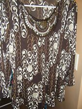 SIGNATURE BY LARRY LEVINE XL BROWN TAN CREAM PLEATED TUNIC TOP EMBELLISHED