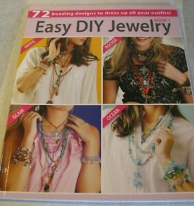 Leisure Arts Book 1 Easy DIY Jewelry 72 Beading Designs / 96 Pages