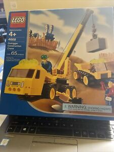lego outrigger constrution crane