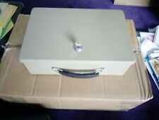 Heavy strong cash box one key steel good condition double skin