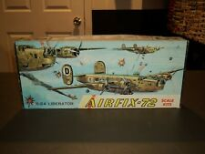 Airfix *Old USA ISSUE* HO B-24 LIBERATOR 1:72 Model Kit Airplane Series 4 129