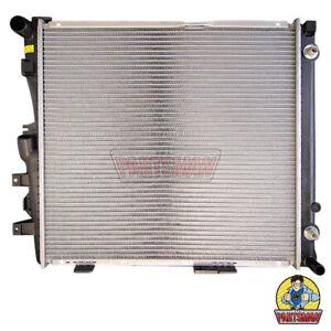 Radiator Mercedes E Class W124 2.8L E280 & 3.2L E320 8/92-10/96 Manual & Automat