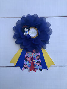 Snow White Birthday Corsage Pin,Snow White Birthday Badge ,Birthday Pin