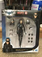 Mafex No. 050 Selina Kyle 2.0 Catwoman The Dark Knight Trilogy