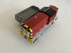 Tomy Trackmaster Thomas the Tank Engine battery operated Salty See Description