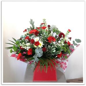 FRESH REAL FLOWERS  Delivered Cherry Vienna Bouquet includes Free Delivery