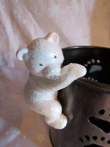 Bath & Body Works 2020 Polar Bear Candle Clinger Hugger Hanger